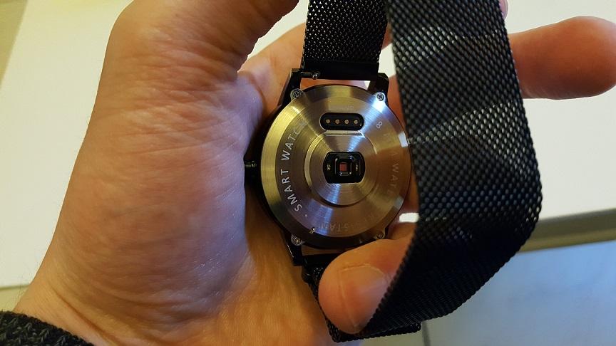 smartwatch-Lenovo-Watch-X-Plus