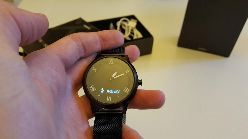 Lenovo-Watch-X-Plus-smartwatch