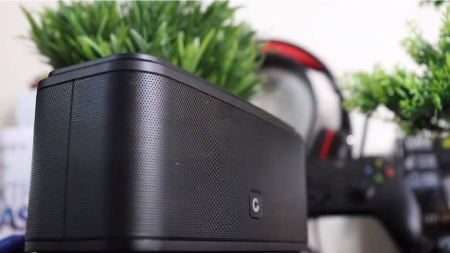bluetooth-speaker-back