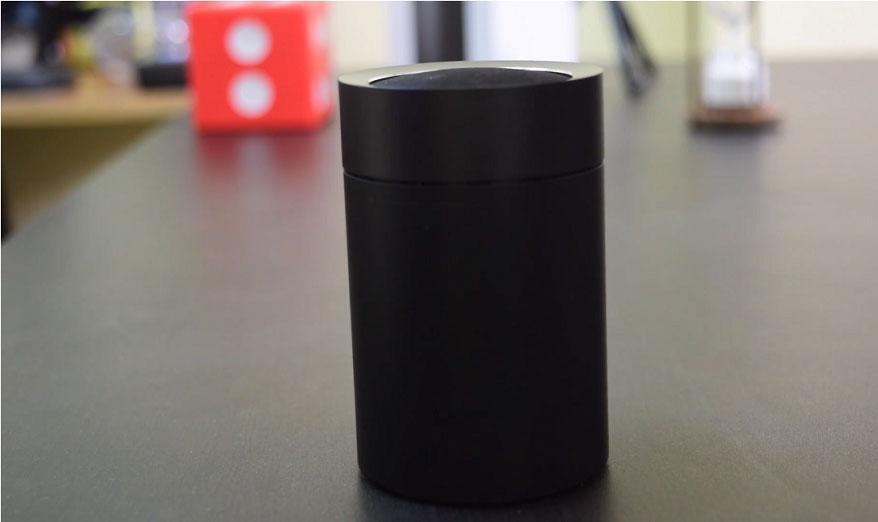 Mi-Pocket-Bluetooth-Speaker-2