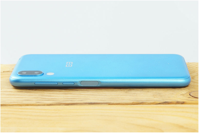 teléfono inteligente-Elephone-A6-Mini