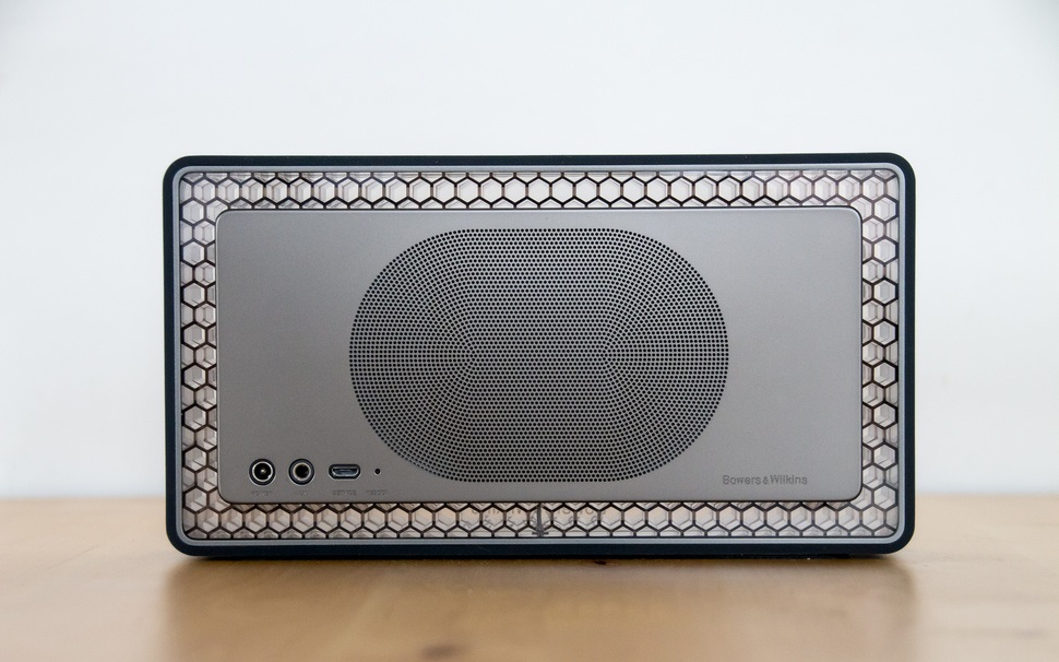 altavoz-Bowers & Wilkins-T7
