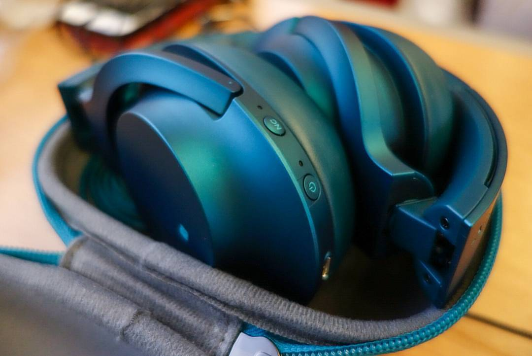 auriculares-Sony-MDR-100ABN