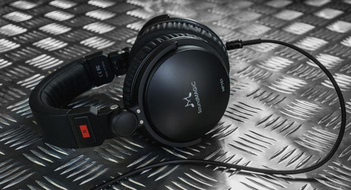 auriculares-SoundMagic-HP151